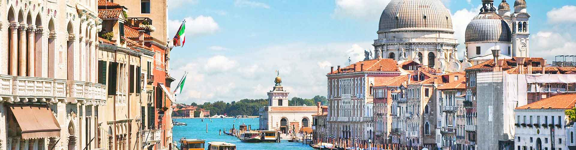 Venice – Student accommodations, hostels and coworking spaces in Venice (Italy). Maps of Venice, photos and reviews for each place in Venice.