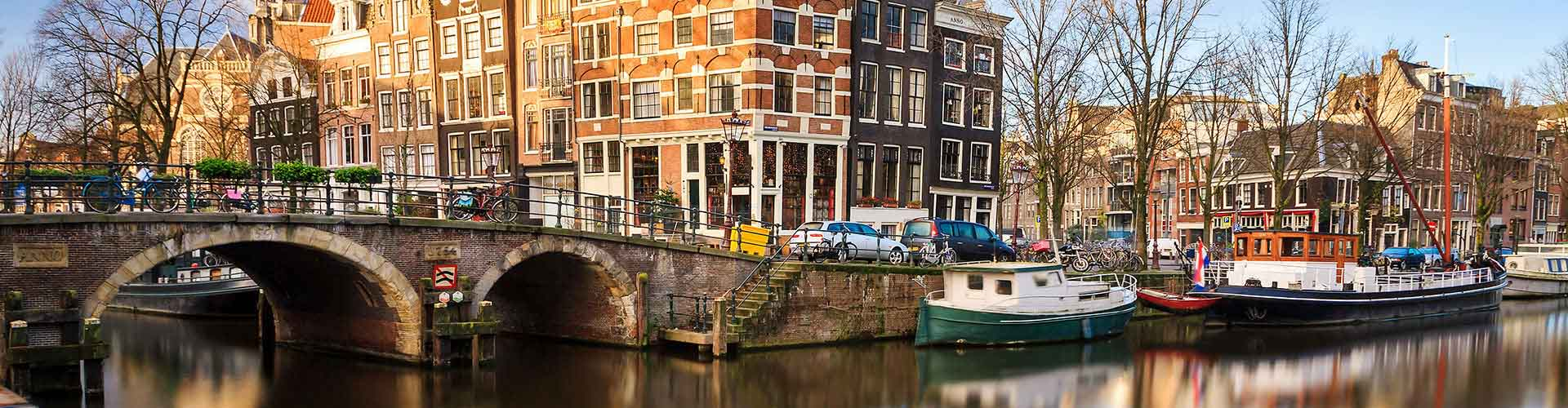 Amsterdam – Student accommodations, hostels and coworking spaces in Amsterdam (Netherlands). Maps of Amsterdam, photos and reviews for each place in Amsterdam.